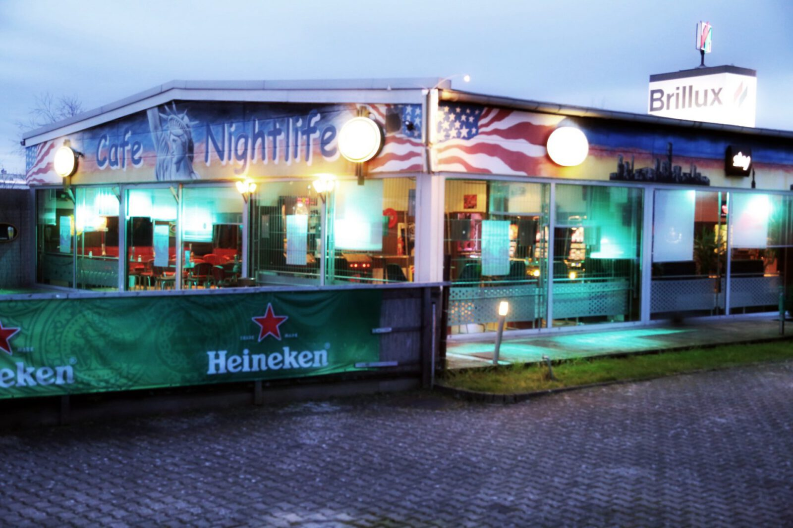 Frankfurt nightlife singles